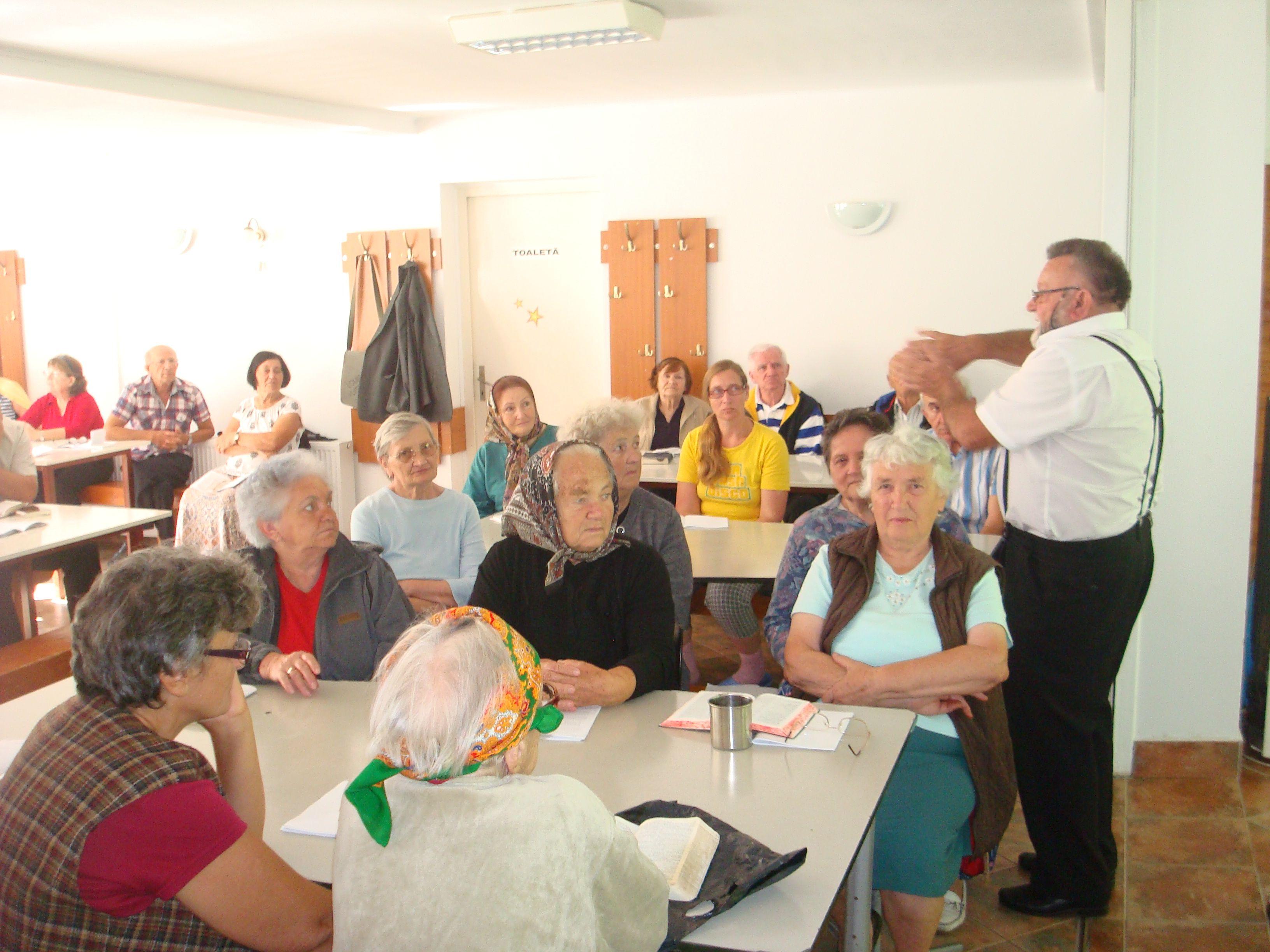 Lucrarea cu seniorii
